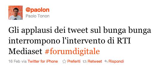 gli applausi al tweet sul bunga bunga interrompono l'intervento di RTI Mediaset