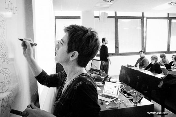 Alessandra in aula - foto Vuance